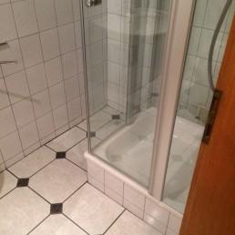Nachher: Reinigung eines Badezimmers inkl. Desinfektion