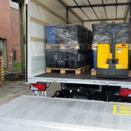 Fachgerechter Abtransport nach der Entfernung von 14 Tonnen Taubenkot aus Lagerhalle